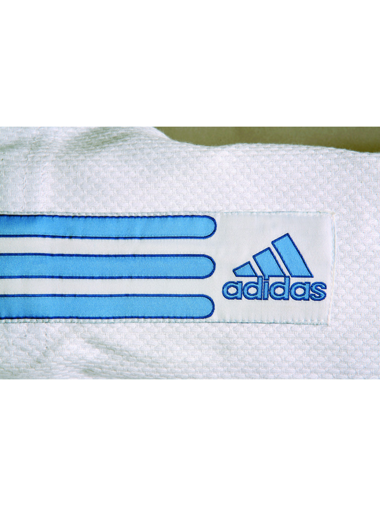 Judo Uniform Adidas FLASH-GI EVOLUTION J250gr/m